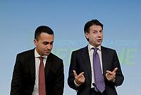 Roma, 3 Luglio 2018<br /> Il Presidente del Consiglio Giuseppe Conte, Il Ministro del Lavoro Luigi Di Maio .<br /> Presentazione alla stampa del Decreto Dignit&agrave; varato dal Governo