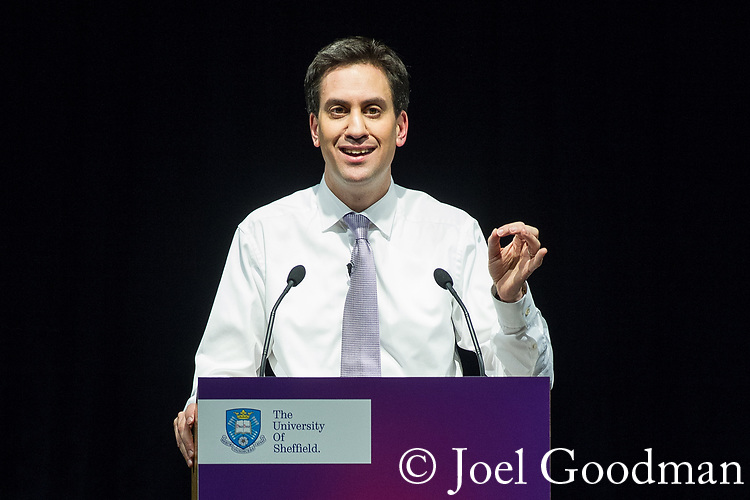 "© Joel Goodman - 07973 332324 . 09/02/2012 . Salford , UK . Labour Party leader ED MILIBAND delivers a speech on the "" Sustainable Recovery "" to students and visitors at Sheffield University . Photo credit : Joel Goodman"