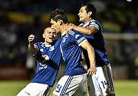 TUNJA -COLOMBIA, 29-07-2018. Roberto Ovelar (C) jugador de Millonarios celebra con David Macalister Silva después de anotar el segundo gol de su equipo a Patriotas Boyacá durante partido por la fecha 2 de la Liga Águila II 2018 realizado en el estadio La Independencia de Tunja. / Roberto Ovelar (C) player of Millonarios celebrates with David Macalister Silva after scoring the second goal of his team to Patriotas Boyaca during match for the date 2 of Aguila League II 2018 played at La Independencia stadium in Tunja. Photo: VizzorImage/ Gabriel Aponte / Staff