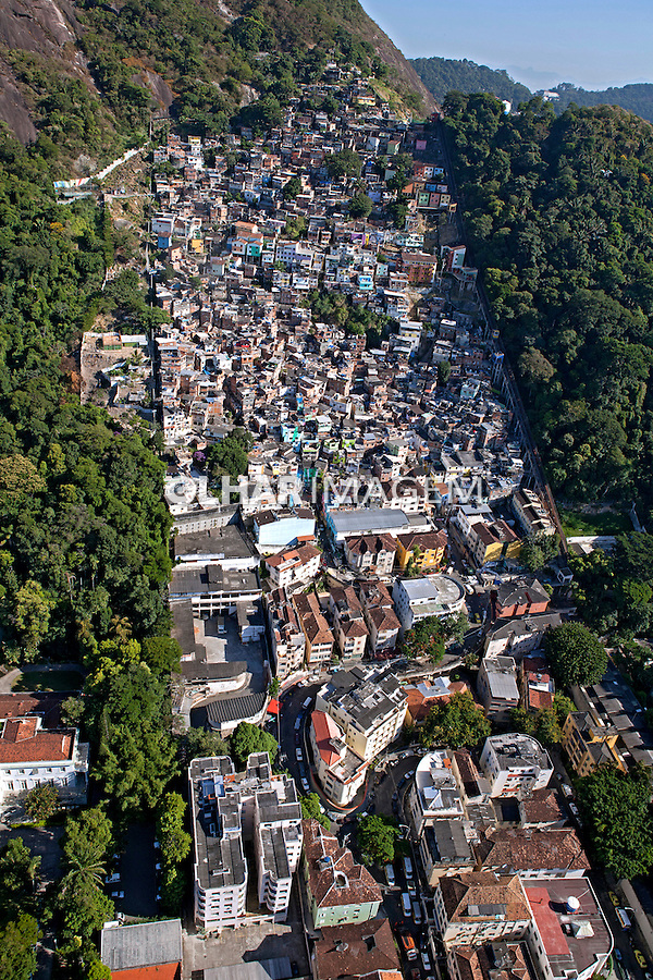 Aerea da favela Santa Marta.  Rio de Janeiro. 2014. Foto de Rogerio Reis.