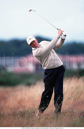 RETIEF GOOSEN plays from the rough, The Open Championship, Carnoustie 990716 Photo:Neil Tingle/Action Plus...1999.Golf.golfer golfers