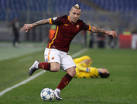 Calcio, Champions League: Gruppo E - Roma vs Bate Borisov. Roma, stadio Olimpico, 9 dicembre 2015.<br /> Roma's Radja Nainggolan in action during the Champions League Group E football match between Roma and Bate Borisov at Rome's Olympic stadium, 9 December 2015.<br /> UPDATE IMAGES PRESS/Isabella Bonotto