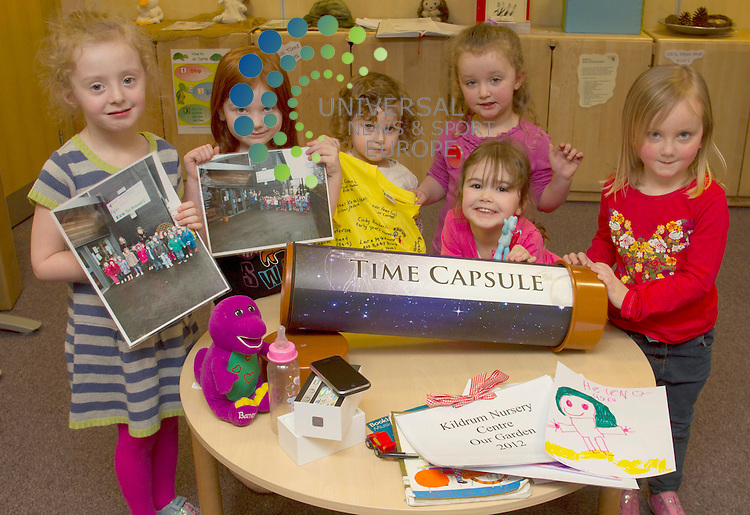 KIds with time capsule from Kildrum Nursery Centre - Clouden Road  Cumbernauld, Scotland..Picture: Maurice McDonald/Universal News And Sport (Scotland). 23 February 2012. www.unpixs.com..