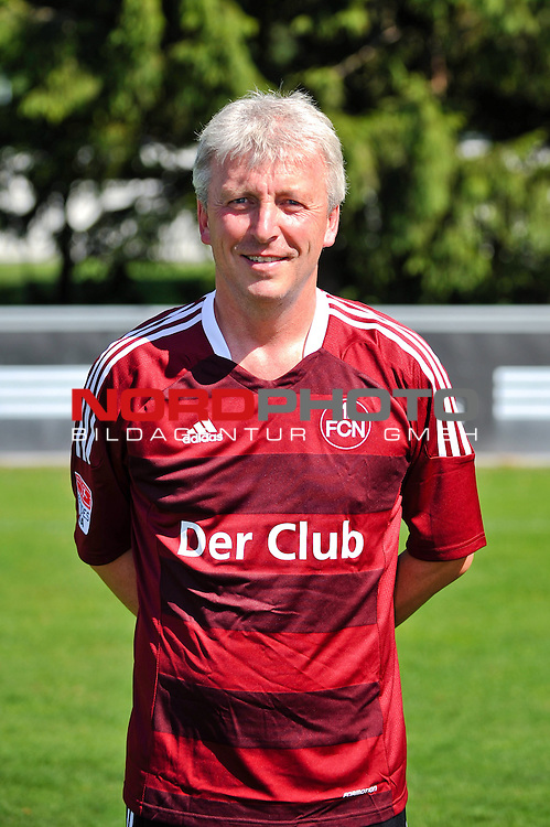 23.07.2012, Sportpark Valznerweiher, Nuernberg, GER, 1.FBL, Mannschaftsfoto, 1. FC Nuernberg, im Bild<br /> Co-Trainer Armin Reuthershahn (1. FC Nuernberg)<br /> <br /> <br /> Foto &copy; nph / Merz *** Local Caption ***
