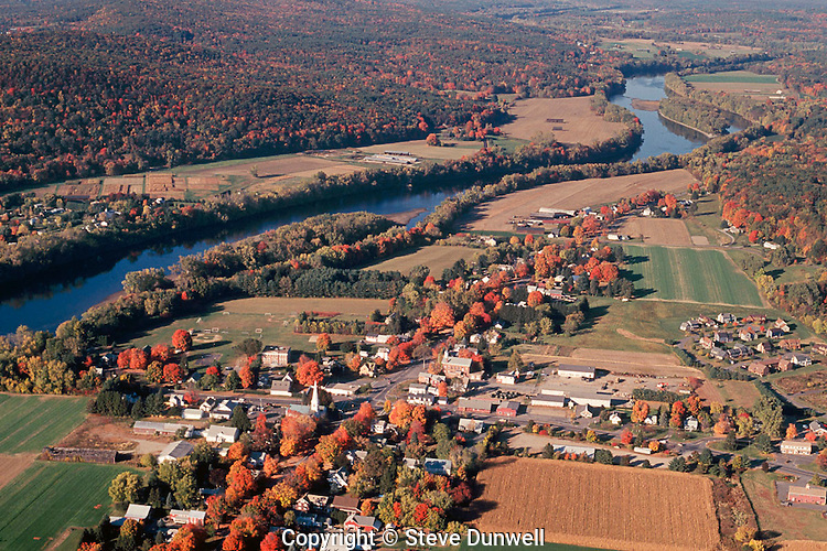 Connecticut River aerial, Sunderland, MA