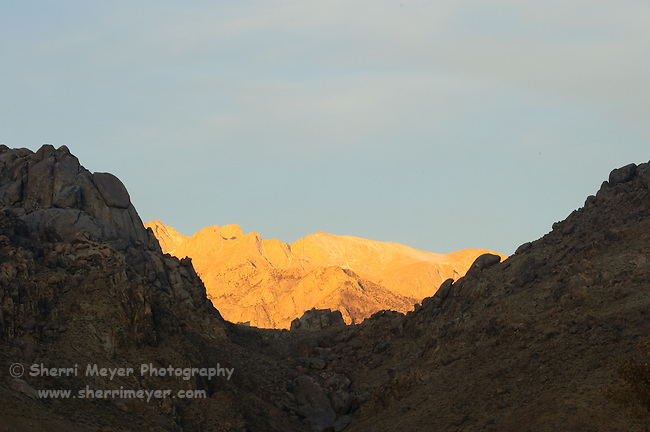 Early morning light over the Eastern Sierras, Lone Pine, California