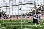 12.05.2018, OPEL Arena, Mainz, GER, 1.FBL, 1. FSV Mainz 05 vs SV Werder Bremen<br /> <br /> im Bild<br /> Theodor Gebre Selassie (Werder Bremen #23) (nicht im Bild) k&ouml;pft nach Eckball aus kurzer Distanz zum 1:2 gegen Florian M&uuml;ller / Mueller (FSV Mainz 05 #22) ein, <br /> <br /> Foto &copy; nordphoto / Ewert