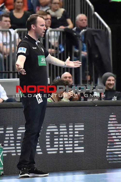 02.04.2016, LANXESS arena, K&ouml;ln , GER, Handball DHB Testl&auml;nderspiel,   Deutschland (GER) vs. D&auml;nemark ( DK) <br /> <br /> im Bild / picture shows: <br /> Dagur Sigurdsson Bundestrainer ( Deutschland/Germany) regt sich auf <br /> <br /> <br /> <br /> Foto &copy; nordphoto / meuter
