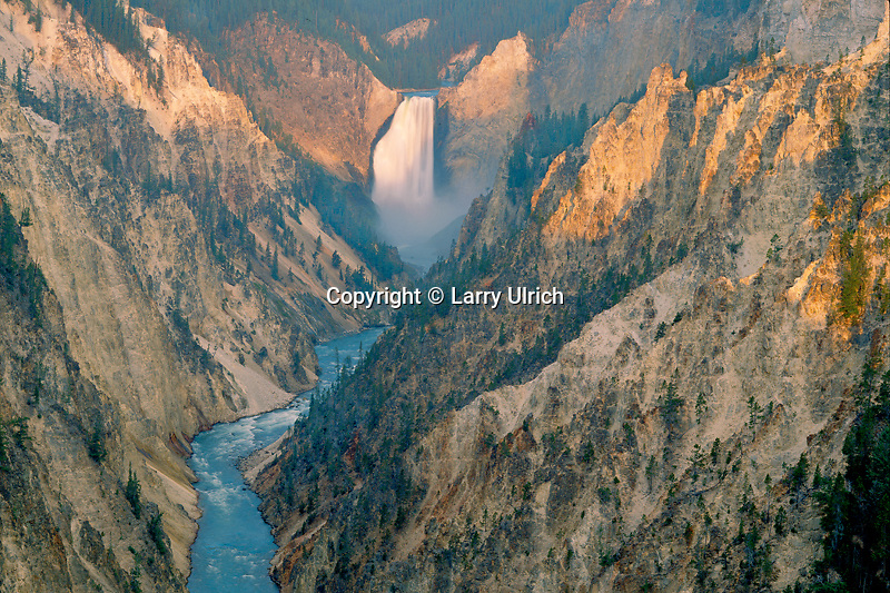 Lower Falls from Artists Point<br /> Grand Canyon of the Yellowstone River<br /> Yellowstone National Park<br /> Rocky Mountains,  Wyoming
