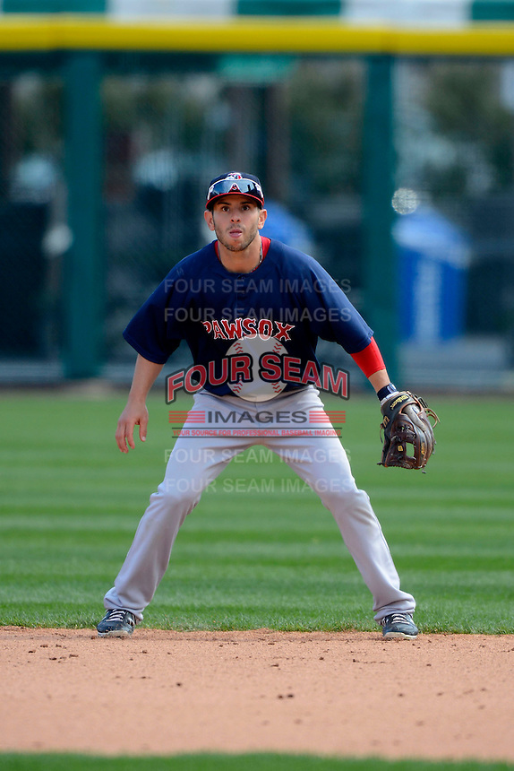 Pawtucket Red Sox second baseman Jonathan Diaz #2 during the second game of a doubleheader against the Buffalo Bisons on April 25, 2013 at Coca-Cola Field in Buffalo, New York.  Buffalo defeated Pawtucket 4-0.  (Mike Janes/Four Seam Images)
