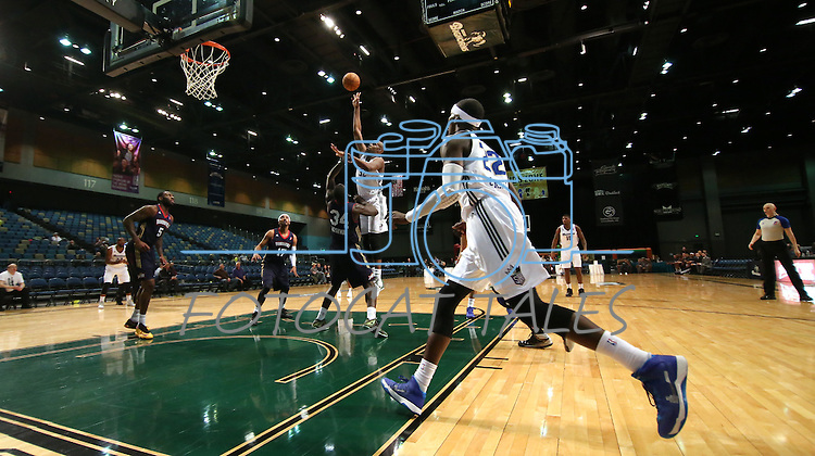 Reno Bighorns' Brian Davis takes a shot during a D-League basketball game against the Bakersfield Jam in Reno, Nev., on Tuesday, Jan. 14, 2014. The Bighorns won 93-85.<br />
