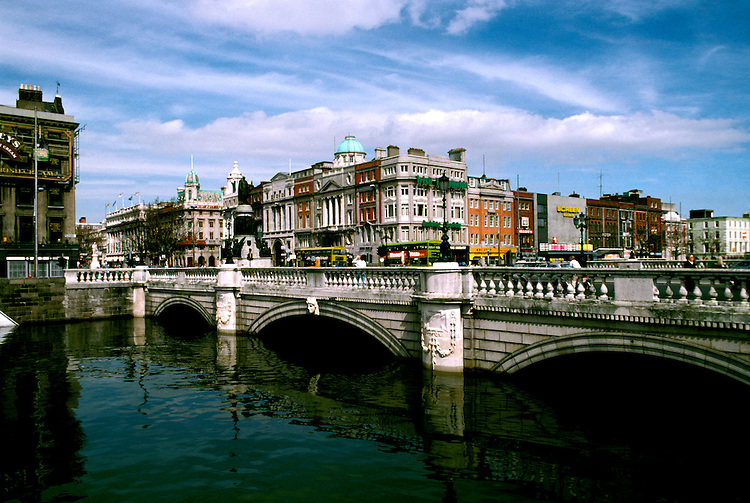 Ireland: Dublin, O'Connell Street Bridge.  Photo: dublin101.Photo copyright Lee Foster, 510/549-2202, lee@fostertravel.com, www.fostertravel.com