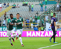 CALI -COLOMBIA, 11-09-2016. Andrés Felipe Roa jugador del Deportivo Cali  celebra su gol contra el Boyacá Chicó  durante encuentro  por la fecha 11 de la Liga Aguila II 2016 disputado en el estadio del Deportivo Cali en Palmaseca./Andres Felipe Roa  player of Deportivo Cali celebrates his goal against Boyaca Chico  during match for the date 11 of the Aguila League II 2016 played at Deportivo Cali  stadium in Palmaseca. Photo:VizzorImage / Nelson Rios  / Cont