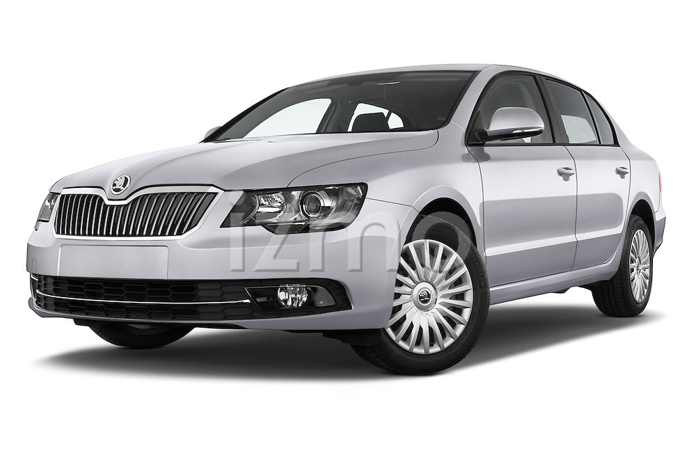 Stock pictures of low aggressive front three quarter view of a 2014 Skoda SUPERB Active 5 Door Hatchback 2WD Low Aggressive