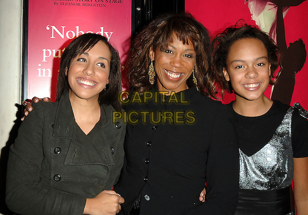 "TRISHA GODDARD with daughters BILLIE & MADDIE.At the World Premiere of ""Dirty Dancing: The Classic Story On Stage"", Aldwych Theatre, London, England,.24th October 2006.half length kids children family.Ref: BEL.www.capitalpictures.com.sales@capitalpictures.com.©Tom Belcher/Capital Pictures."
