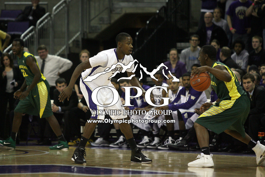 Jan 06, 2011:  Washington's #31 Terrance Ross sets up on defense against Oregon.  Washington defeated Oregon 87-69 at Hec Ed Seattle, Washington...