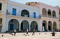 Cuba,an der Plaza Vieja  in Habana, Unesco-Weltkulturerbe