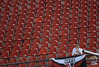 SAO PAULO SP, 20 Julho 2013 - Sao Paulo  X Cruzeiro. Torcedor do São Paulo durante partida contra o Cruzeiro valida pelo campeonato brasileiro de 2013  no Estadio do Morumbi em  Sao Paulo, neste sabado, 20. (FOTO: ALAN MORICI / BRAZIL PHOTO PRESS).