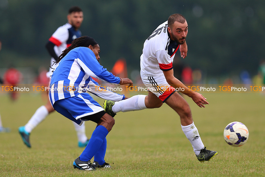 Athletico Forest (blue/white) vs Hacquenye, Hackney & Leyton Sunday League Football at Hackney Marshes on 18th September 2016