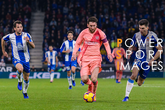 Lionel Messi of FC Barcelona(C) in action during the La Liga 2018-19 match between RDC Espanyol and FC Barcelona at Camp Nou on 08 December 2018 in Barcelona, Spain. Photo by Vicens Gimenez / Power Sport Images