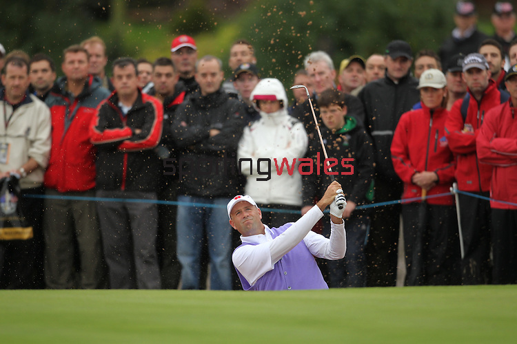 Ryder Cup 2010..Stewart Cink plays from the sand..02.10.10.©Steve Pope.
