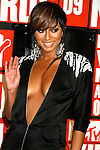 New York, New York  - September 13: Keri Hilson arrives at the 2009 MTV Video Music Awards at Radio City Music Hall on September 13, 2009 in New York, New York.