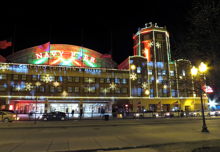 Chicago scenes:  The Navy Pier decorated for the Christmas holidays, Streeterville neighborhood in Chicago, Il. (Photo by Jamie Moncrief)