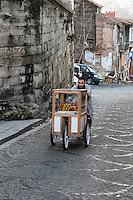 Turkey, Istanbul, Streetseller