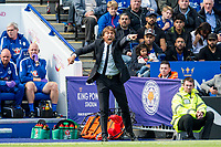Antonio Conte manager of Chelsea shouts at his players during the Premier League match between Leicester City and Chelsea at the King Power Stadium, Leicester, England on 9 September 2017. Foto Imago/Insidefoto