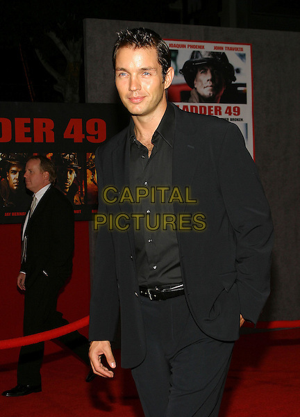 MATTHEW MARSDEN.Ladder 49 World Premiere held at the El Capitan Threatre, Hollywood, CA, USA, 20th September, 2004..half length.Ref: ADM.www.capitalpictures.com.sales@capitalpictures.com.©Capital Pictures.