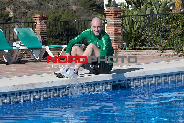 09.01.2017, Alhaurin el Grande, Hotel Alhaurin Golf Resort, ESP, Trainingslager Werder Bremen - Training 06, <br /> <br /> im Bild<br /> <br /> Luca Caldirola (Bremen #3) am Pool<br /> <br /> Foto &copy; nordphoto / Kokenge