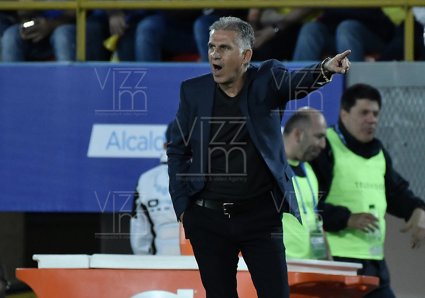 BOGOTA - COLOMBIA, 03-06-2019: Carlos Queiroz técnico de Colombia gesticula durante partido amistoso entre Colombia y Panamá jugado en el estadio El Campín en Bogotá, Colombia. / Carlos Queiroz coach of Colombia gestures during a friendly match between Colombia and Panama played at Estadio El Campin in Bogota, Colombia. Photo: VizzorImage/ Gabriel Aponte / Staff