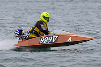 999-V  (Outboard Marathon Runabout)<br /> <br /> Trenton Roar On The River<br /> Trenton, Michigan USA<br /> 17-19 July, 2015<br /> <br /> ©2015, Sam Chambers