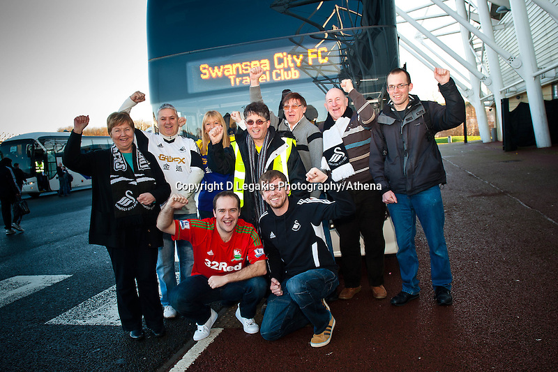 Saturday 11 January 2014<br /> Pictured: Ugo Vallero and regular members of the  Swansea city travel club<br /> Re: Swansea City Travel Club
