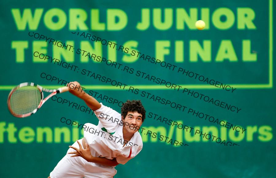 Tenis, World Championship U-14.Italy-Mexico.Filippo Baldi Vs. Nigel Jimenez.Nigel Jimenez, returnes.Prostejov, 03.08.2010..foto: Srdjan Stevanovic/Starsportphoto ©