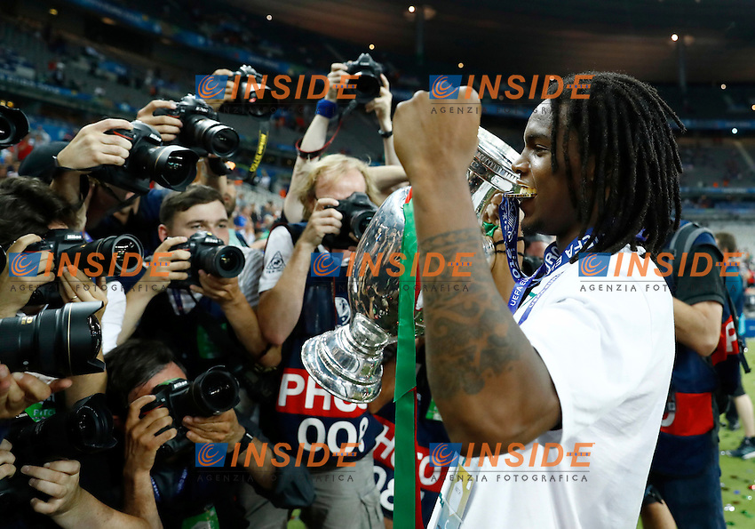 Renato Sanches (Portugal) celebrating with the medal. esultanza medaglia<br /> Paris 10-07-2016 Stade de France Football Euro2016 Portugal - France / Portogallo - Francia Final / Finale <br /> Foto Matteo Ciambelli / Insidefoto