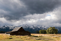 The historic Moulton barn and mountains from Mormon Row