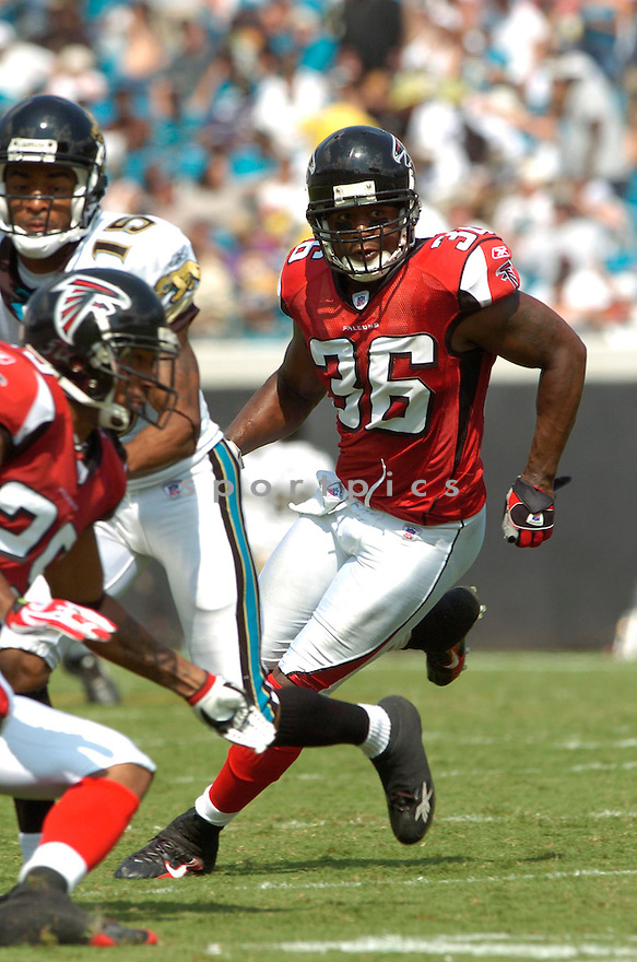 LAWYER MILLOY, of the Atlanta Falcons, in action during the Falcons game against the Jacksonville Jaguars in Jacksonville, FL on September 16, 2007.  The Jaguars won the game 13-7............