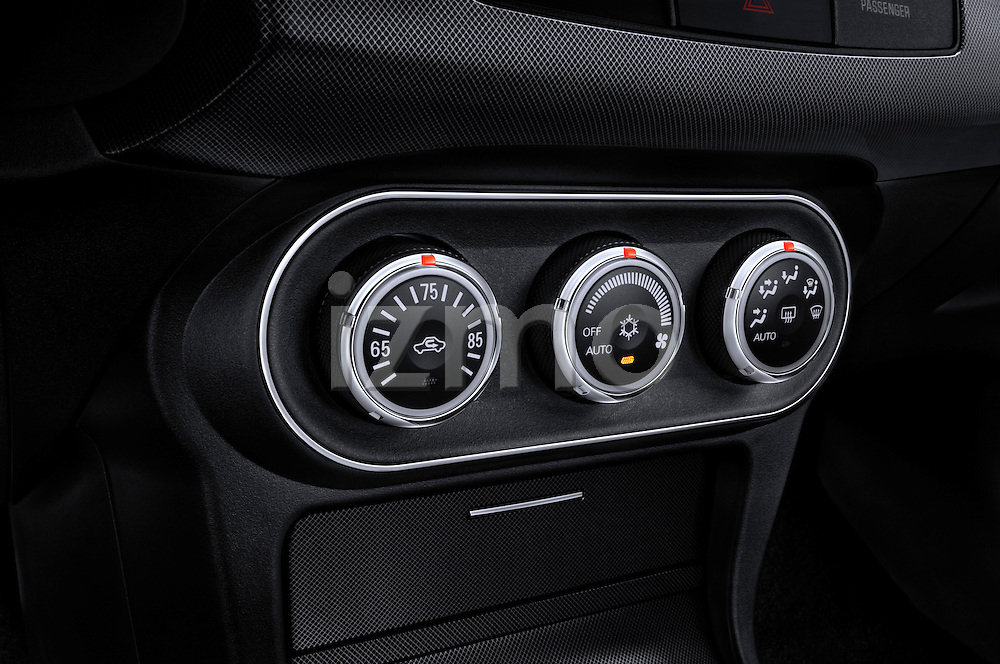 Closeup view of the climate controls on a 2012 Mitsubishi Lancer Sportback GT
