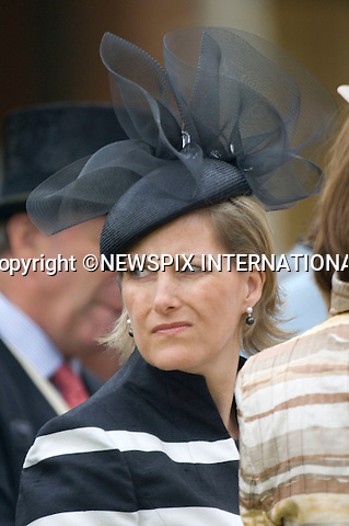 """ROYAL ASCOT 2009_day 1.Queen , Prince Philip, Prince Charles, Camilla, Duchess of Cornwall, Princes Anne, Prince Andrew and Princess Beatrice, Ascot_16/06/2009.Mandatory Photo Credit: ©Dias/Newspix International..**ALL FEES PAYABLE TO: """"NEWSPIX INTERNATIONAL""""**..PHOTO CREDIT MANDATORY!!: NEWSPIX INTERNATIONAL(Failure to credit will incur a surcharge of 100% of reproduction fees)..IMMEDIATE CONFIRMATION OF USAGE REQUIRED:.Newspix International, 31 Chinnery Hill, Bishop's Stortford, ENGLAND CM23 3PS.Tel:+441279 324672  ; Fax: +441279656877.Mobile:  0777568 1153.e-mail: info@newspixinternational.co.uk"""