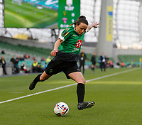 3rd November 2019; Aviva Stadium, Dublin, Leinster, Ireland; FAI Cup Womens Final Football, Peamount United versus Wexford Youth Womens Football Club; Peamount United captain Aine O'Gorman puts a cross in from the corner - Editorial Use
