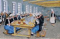 Europe/France/Bretagne/29/Finistère/Saint-Pierre-Penmarc'h: Mur peint représentant des scènes de la vie bigoudène - femme à la conserverie de sardines