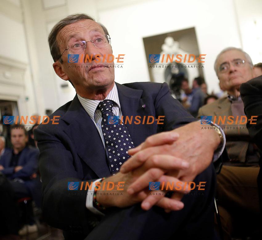 Gianfranco Fini<br /> Roma 12-10-2016. Ripetta. Incontro: 'Perch&eacute; NO - proposte alternative per una riforma realmente condivisa'.<br /> Foto Samantha Zucchi Insidefoto