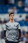 Goalkeeper Thibaut Courtois of Real Madrid warms up prior to the La Liga 2018-19 match between Real Madrid and Getafe CF at Estadio Santiago Bernabeu on August 19 2018 in Madrid, Spain. Photo by Diego Souto / Power Sport Images