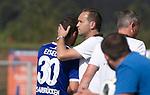 Saarbr&uuml;ckens Fabian Eisele mit Trainer Dirk Lottner beim Spiel in der Regionalliga Suedwest, 1. FC Saarbruecken - FK Pirmasens.<br /> <br /> Foto &copy; PIX-Sportfotos *** Foto ist honorarpflichtig! *** Auf Anfrage in hoeherer Qualitaet/Aufloesung. Belegexemplar erbeten. Veroeffentlichung ausschliesslich fuer journalistisch-publizistische Zwecke. For editorial use only.