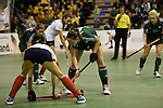 Berlin, Germany, February 01: During the 1. Bundesliga Damen Hallensaison 2014/15 final hockey match between Duesseldorfer HC (white) and HTC Uhlenhorst Muehlheim (green) on February 1, 2015 at the Final Four tournament at Max-Schmeling-Halle in Berlin, Germany. Final score 4-1 (1-0). (Photo by Dirk Markgraf / www.265-images.com) *** Local caption ***