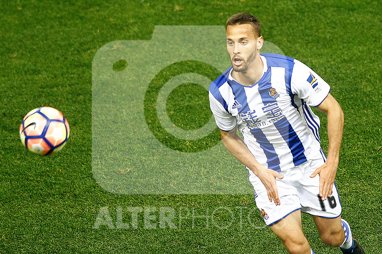 Real Sociedad's Sergio Canales during La Liga match. April 4,2017. (ALTERPHOTOS/Acero)