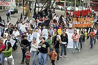 Messico,Città del Messico.30 Novembre 2010.Manifestazione contro il vertice cop 16 di Cancun e per promuovere il forum alternativo per la Vita  e la giustizia ambientale e sociale.Mexico, .March of Via Campesina aginst COP 16 in Cancun