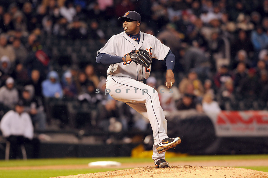 Dontrelle Willis,of the Detroit TIgers , in action against the Chicago White Sox during the TIgers game in Chicago, IL on April 11, 2008. The Twins won the game 5-2.