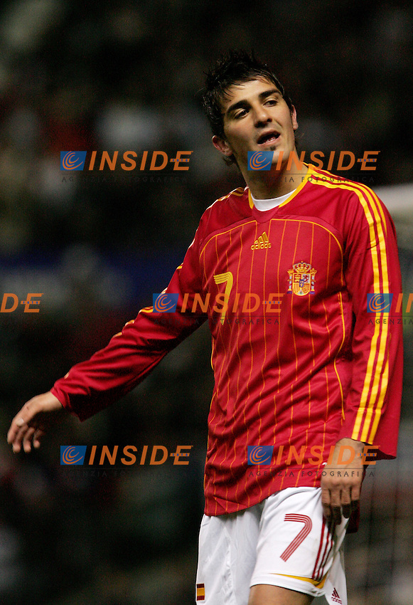 Spain's David Villa reacts during a friendly match at Old Trafford in Manchester, Wednesday February 07, 2007. (INSIDE/ALTERPHOTOS/Alvaro Hernandez).